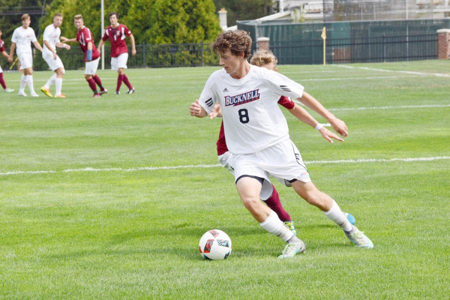 Derleth's late goal leads men's soccer to 1-0 FDU shutout