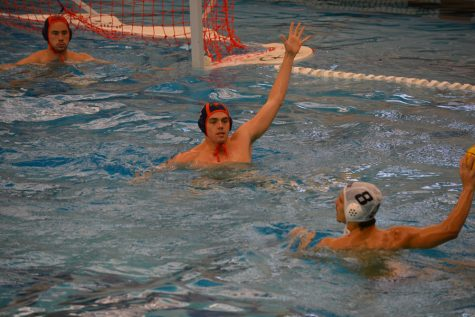 Joksimovic leads men's water polo in three conference victories