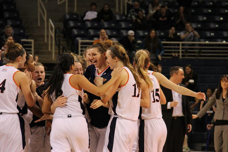 14-point deficit cant stop women's basketball