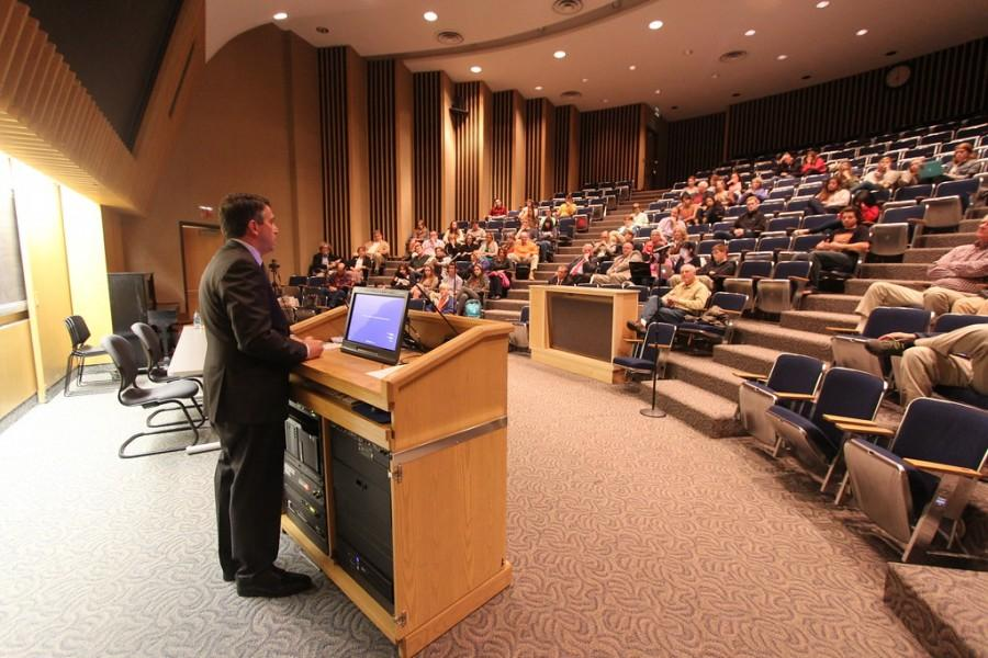 FOX Correspondent James Rosen visits University:  Journalist & author talks Trump, the rise of ISIS, and the war on press freedoms