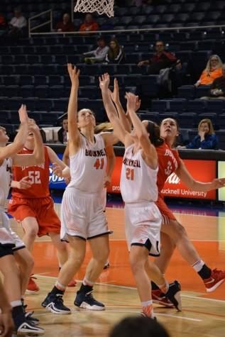 Women's basketball goes on 8-0 winning streak