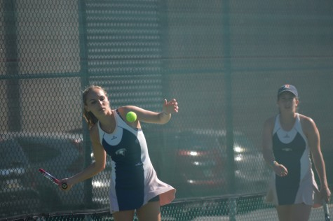 Women's tennis ends season with three victories, two losses