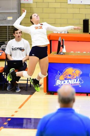 Volleyball falls 0-2 to conference opponents