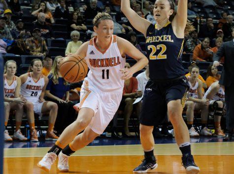 Women's basketball defeats Drexel 78-66