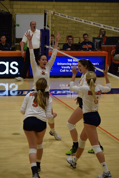 Volleyball upsets Lehigh, falls to Lafayette and Colgate