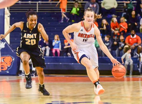 Women's basketball continues to shatter records with Army victory