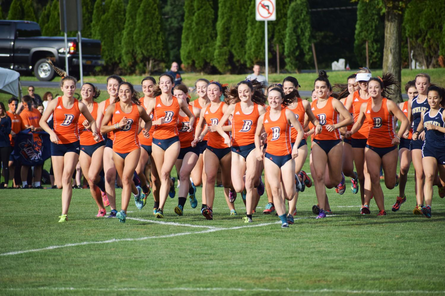 Men's and women's cross country take first at the Bison Open