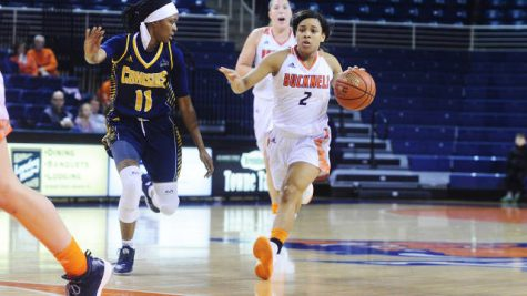 Women's basketball shows depth, wins three straight