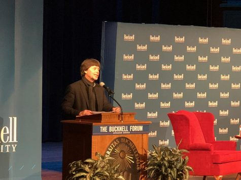 "Ken Burns speaks on ""The Vietnam War"" and other documentary successes"