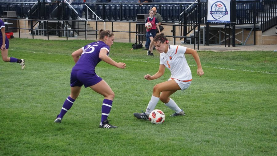 Women's soccer pulls off 1-0 win over Holy Cross