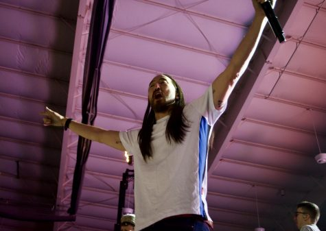 DJ Steve Aoki 'cakes' the University's student body at Fall Concert