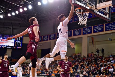 Offensive explosion propels men's basketball to victory over Lafayette