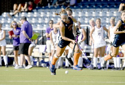 Field hockey splits opening weekend