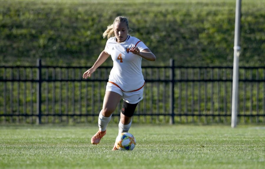 Women's soccer falls to Wright State, Georgetown in weekend contests