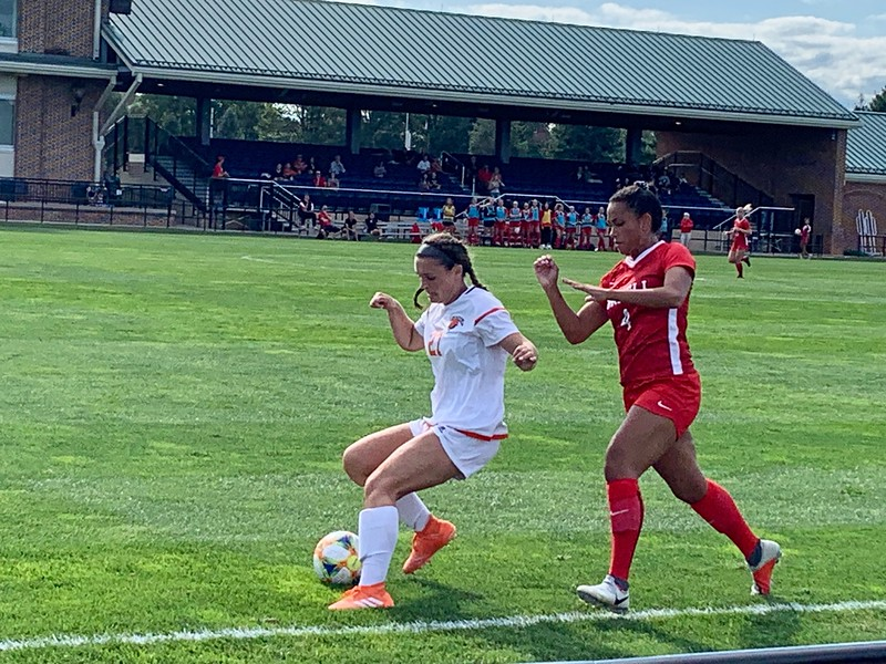 Women's soccer tallies crucial win against Towson after tough losses