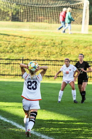 Women's soccer adds two strong performances over weekend