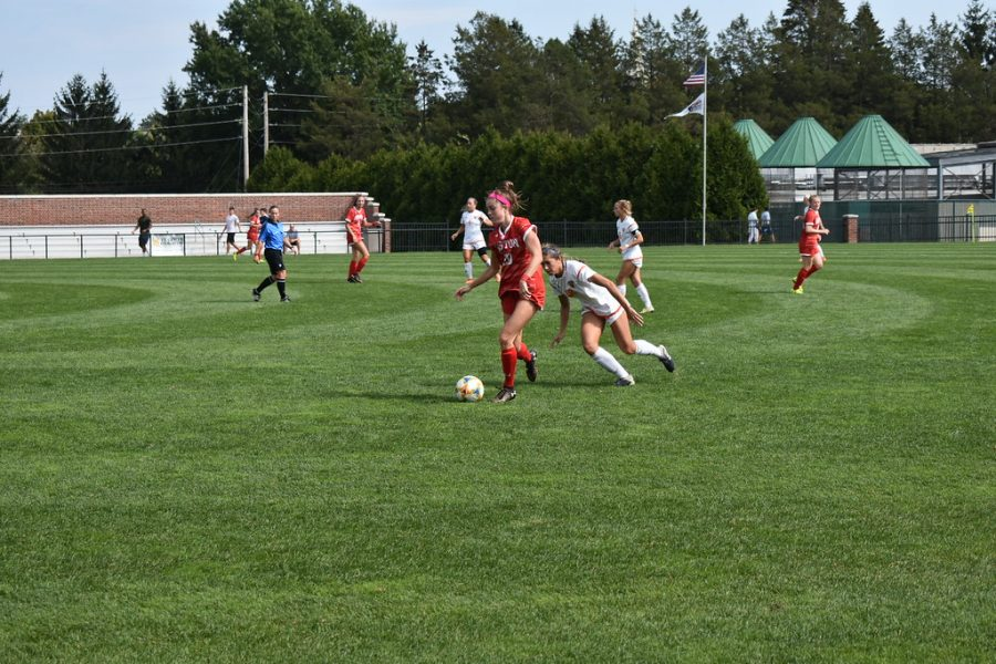 Women's soccer goes 2-1 in conference with win over Boston University and loss to Lehigh
