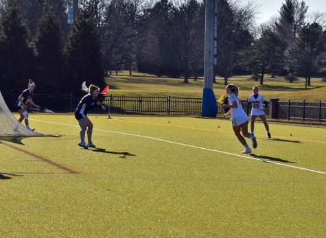 Women's lacrosse improves to 2-2 in PL with Holy Cross win
