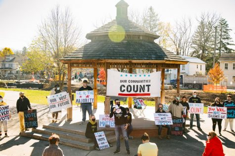 Lewisburg residents hold Count Every Vote rally