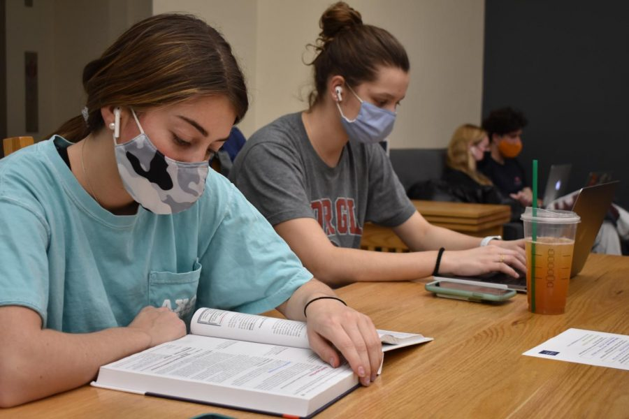 Campus COVID-19 cases steadily decrease